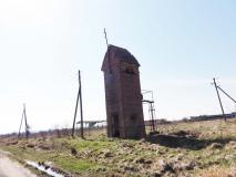 Трансформаторная будка в Дивном. Апрель 2012