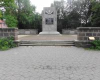 Братская могила советских воинов. Сентябрь 2013