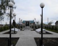 Братская могила советских воинов. Красногорское, май 2015