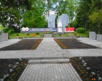 Братская могила советских воинов. Домново, май 2015