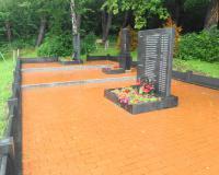 Братская могила советских воинов. Калининград, июль 2016