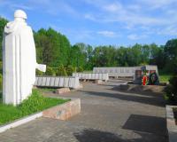 Мемориальный комплекс на братской могиле советских воинов. Пушкино, май 2017
