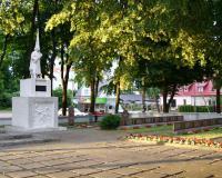 Кладбище советских воинов в городе Юрбаркас, Литва. Июль 2017