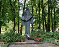 Кладбище советских воинов в городе Шилуте, Литва. Сентябрь 2017