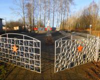 Мемориальный комплекс на братской могиле советских воинов. Бабушкино, декабрь 2017