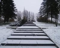 Военное советское кладбище. Вронки Вельке, декабрь 2017