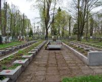 Братская могила советских воинов на территории старого городского кладбища в Советске. Апрель 2018