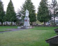 Кладбище советских воинов в городе Арёгала, Литва. Апрель 2018