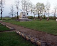 Кладбище советских воинов в поселке Гиркальнис, Литва. Апрель 2018