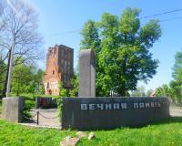 Братская могила советских воинов. Ушаково, май 2018