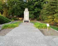 Военное советское кладбище. Квидзын, сентябрь 2018