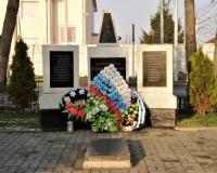 Братская могила советских воинов. Большое Исаково, декабрь 2018