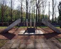 Кладбище советских воинов в поселке Жалейи, Литва. Апрель 2019