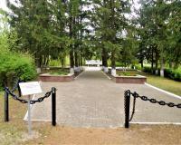 Братская могила советских воинов. Славское, май 2019
