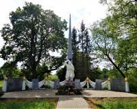 Братская могила советских воинов. Филипповка, май 2019