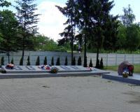 Братская могила советских воинов. Взморье, июнь 2019